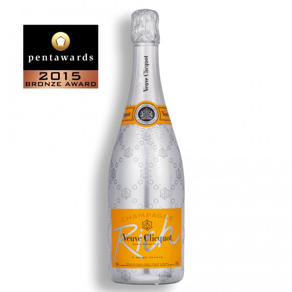 PENTAWARDS-2015-215-SERVAIRE-CLICQUOT-RICH-570x570