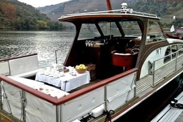 dormir en un barco en el Douro entourismo
